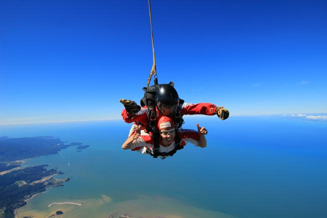 skydive-at-nz102
